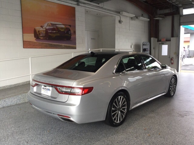 Pre-Owned 2018 Lincoln Continental Select