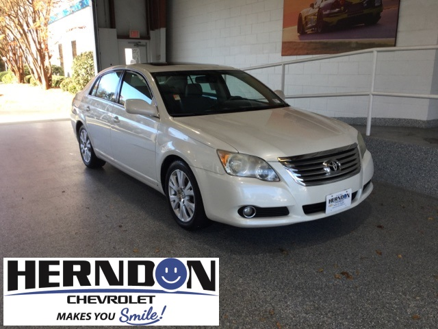 Pre-Owned 2008 Toyota Avalon